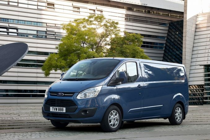 Video Review: Ford Transit Custom 310 L1 Diesel FWD 2.0 TDCI 105PS High Roof Kombi VAN