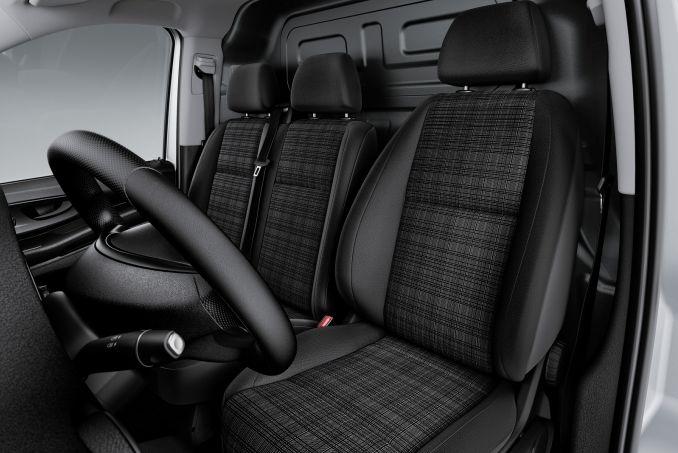 Image 2: Mercedes-Benz Vito Long Diesel 111CDI VAN