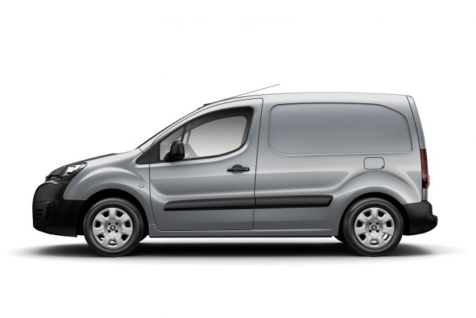 Image 2: Peugeot Partner L1 Diesel 850 1.6 Bluehdi 100 Professional VAN