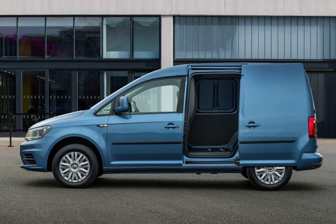 Image 2: Volkswagen Caddy C20 Petrol 1.2 TSI Bluemotion Tech 84PS Startline VAN