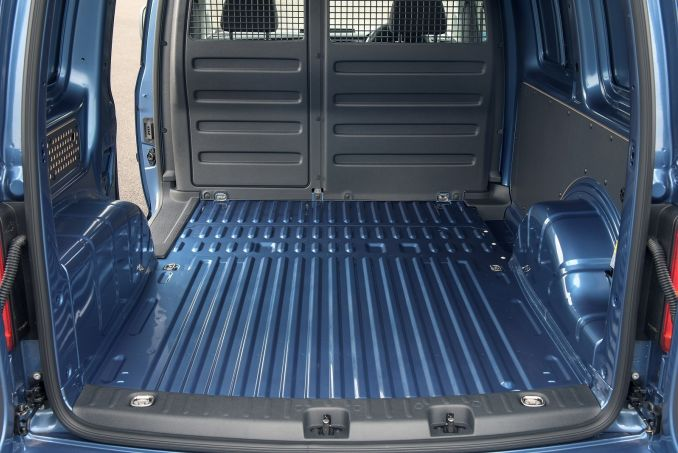 Image 3: Volkswagen Caddy C20 Diesel 2.0 TDI Bluemotion Tech 102PS Highline NAV VAN
