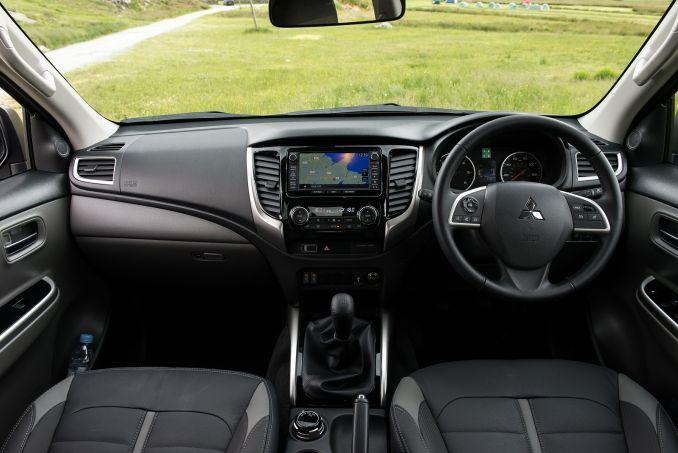 Image 2: Mitsubishi L200 Diesel Single CAB DI-D 151 4life 4WD
