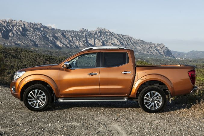 Video Review: Nissan Navara Diesel Double CAB Pick UP Acenta+ 2.3DCI 190 4WD