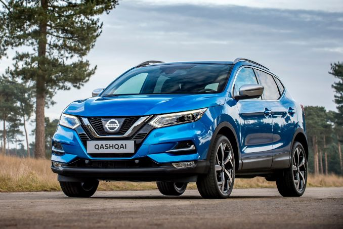 NISSAN 1.5 dCi N-Connecta [Glass Roof Pack] 5dr
