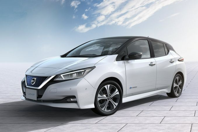 NISSAN 110kW N-Connecta 40kWh 5dr Auto