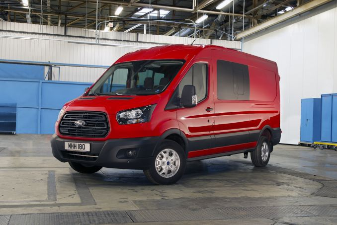e58ef5ccd0 ... Video Review  Ford Transit 350 L2 Diesel RWD 2.0 TDCI 130PS  ONE Stop   ...