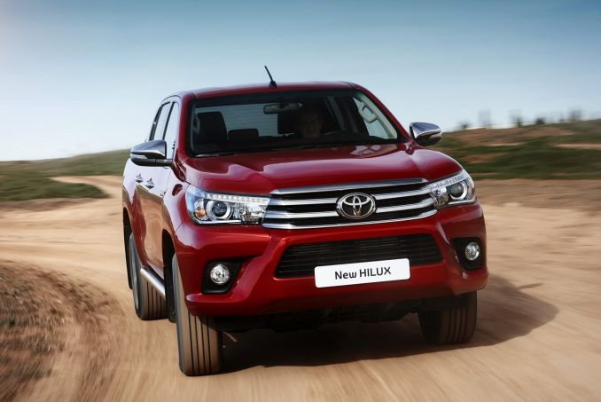 Image 5: Toyota Hilux Diesel Active Pick UP 2.4 D-4D