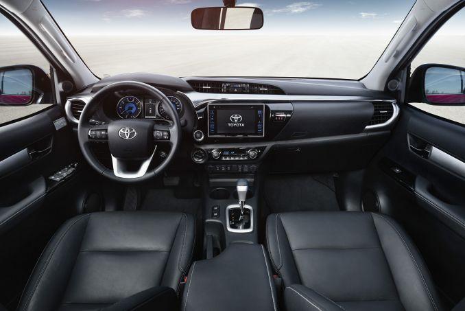 Image 3: Toyota Hilux Diesel Icon D/CAB Pick UP 2.4 D-4D [NAV] [3.5T TOW]