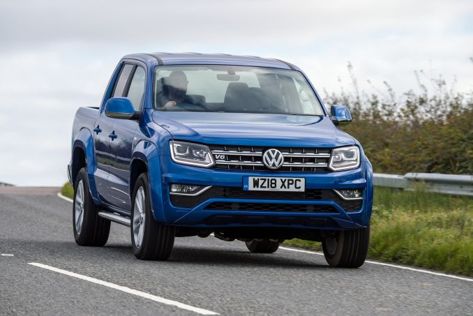 VOLKSWAGEN D/Cab Pick Up Trendline 3.0 V6 TDI 204 BMT 4Motion