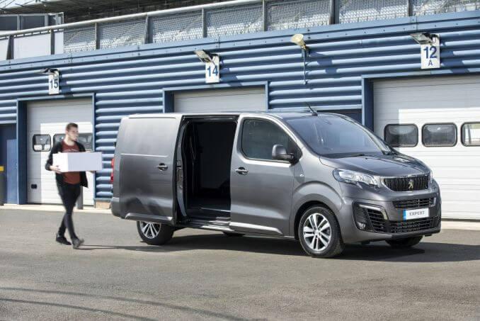Image 3: Peugeot Expert Standard Diesel 1000 1.5 Bluehdi 100 Professional VAN