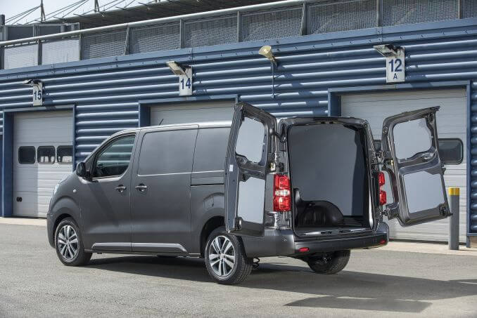 Image 5: Peugeot Expert Standard Diesel 1000 1.5 Bluehdi 100 Professional VAN