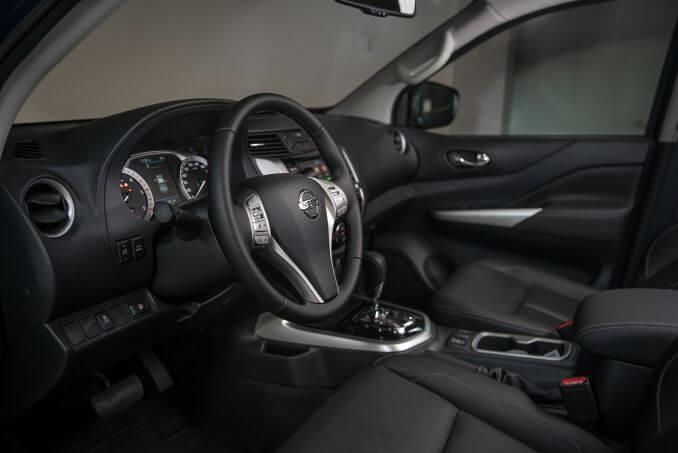 Image 2: Nissan Navara Diesel Double CAB Pick UP Tekna 2.3DCI 190 TT 4WD Auto