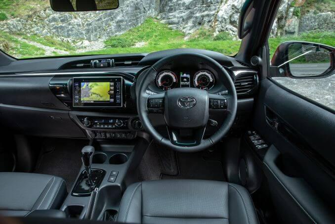 Image 5: Toyota Hilux Diesel Invincible D/CAB P/UP 2.4 D-4D Auto [NAV] 3.5T TOW