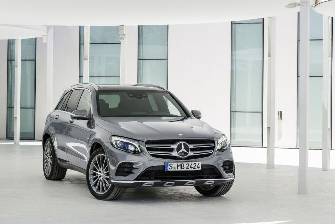 MERCEDES-BENZ GLC 250 4Matic AMG Line Premium 5dr 9G-Tronic
